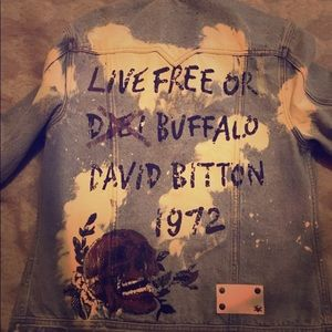 Buffalo by David bitton